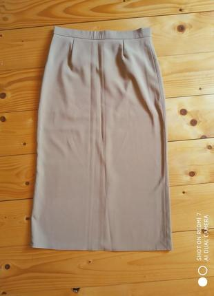 Жіноча юбка и спідниця
