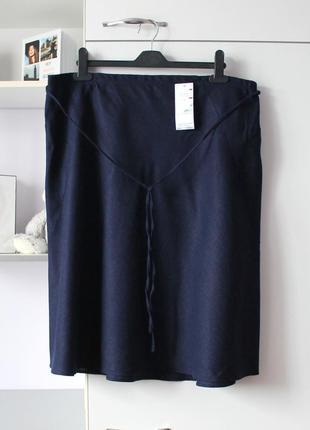 Темно синяя льняная юбка большого размера от marks&spencer