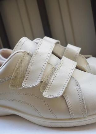Кожаные туфли мокасины полуботинки на липучках