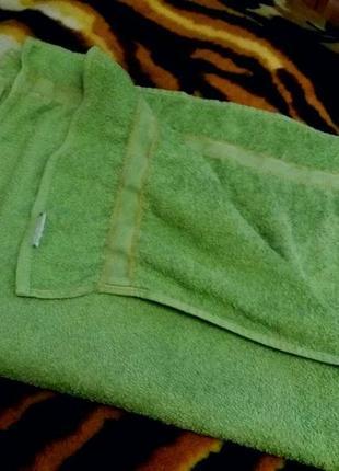 Махровое полотенце 50см на 85см