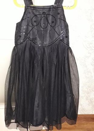 Платье н&м нарядное на 140 см рост