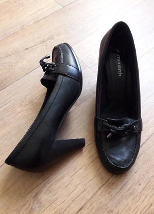 Туфли с кожаными шнурками monarch