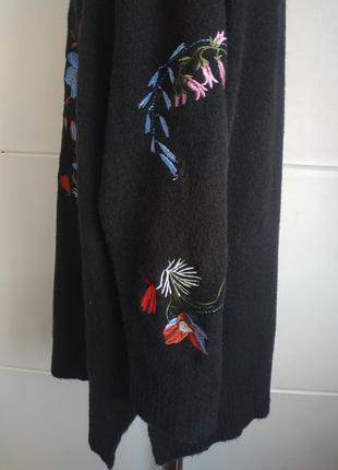Красивый джемпер capsule с вышивкой красивых цветов, модного прямого кроя оверсайз5 фото