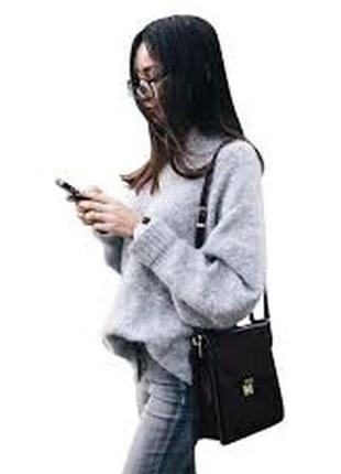 Пушистый оверсайз свитер из альпаки