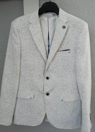 Модний піджак