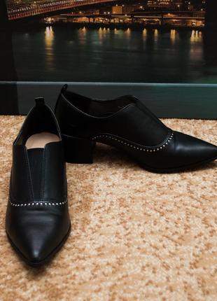 Стильные закрытые туфли полуботинки marks & spencer
