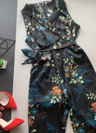 Шикарный брючный костюм в цветочек / ромпер в цветы брюками