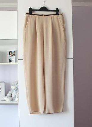 Легкие бежевые брюки от berkertex