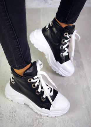 Рр 36-40 натуральная кожа стильные черные спортивные ботинки с интересной шнуровкой
