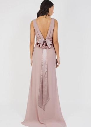 Шикарное длинное платье с бантом на спине tfnc london