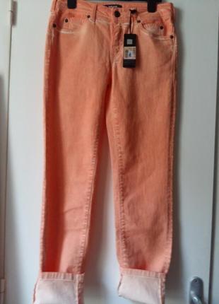 Шикарные  джинсы  от roberto cavalli