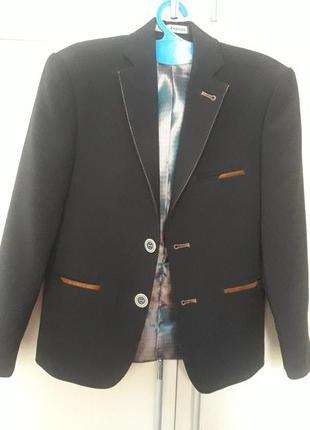 Школьный костюм рост 122