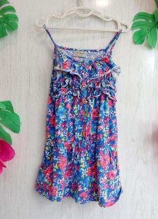 Милое красивое голубое синее в цветочек платье для девочки на 4 года на рост 104