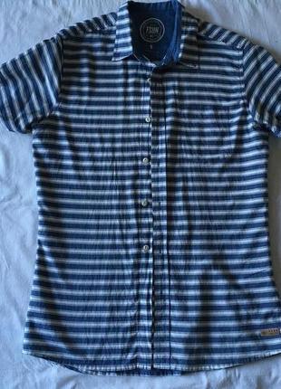 Мужская рубашка. рукав короткий. размер 46-48.