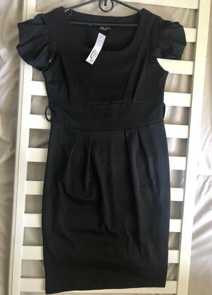 👯♀️новое платье с оригинальным рукавчиком 14рр