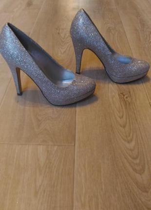 Серебристые вечерние туфли spring размер 36