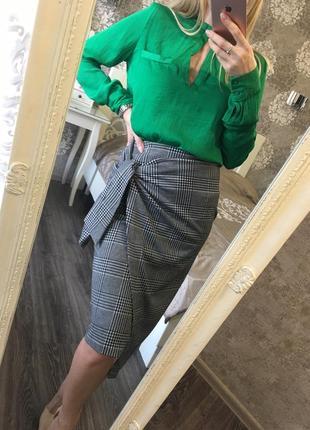 Трикотажная юбка на запах