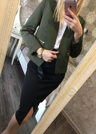 Классический пиджак цвета хаки