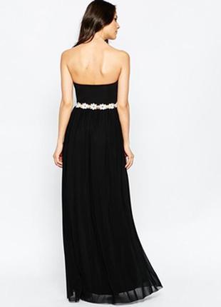👑♥️final sale 2019 ♥️👑   платье с вырезом сердечком и отделкой rare
