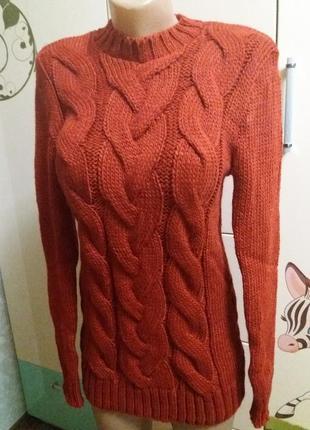 Теплые вязаные свитера под горло