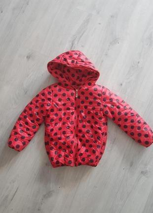 Курточка на девочку .осень-весна.на р.110см