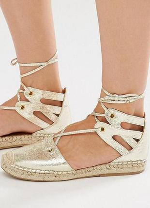 Обалденные золотистые босоножки сандалии со шнуровкой эспадрильи river