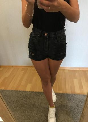 Чёрные  джинсовые шорты denim co