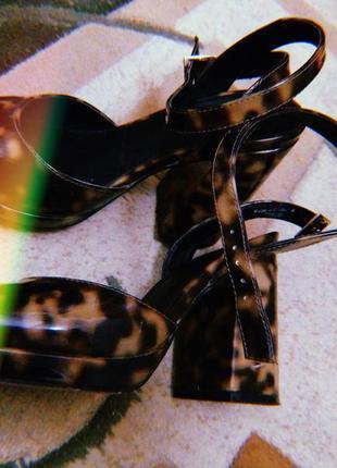 Туфли от asos .
