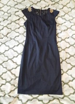 Стильна сукня по фігурі
