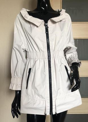 Куртка ветровка gf ferre бежевая на молнии