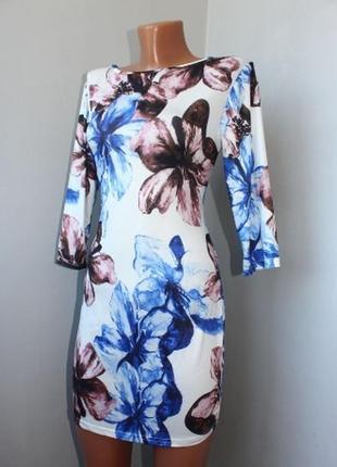 Стильное стрейчевое мини-платье туника в цветы s,44