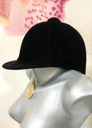 Фирменный шлем жокейка для верховой езды.шлем для конного спорта. york.