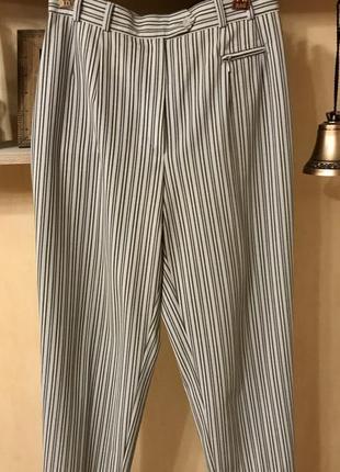 Шикарный брюки - сигареты в трендовую полоску на высокой талии. шерсть