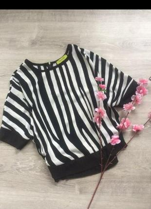 Блуза в модный звериный принт