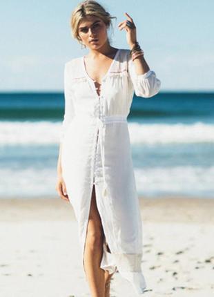 Пляжный халат белый на пуговицах