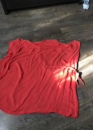 Платье на плечо