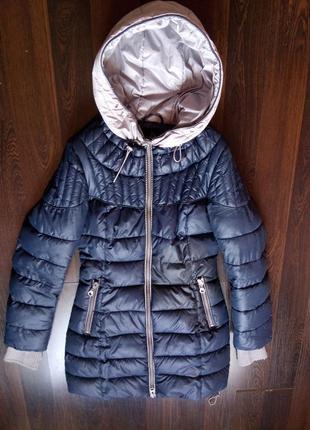 Зимняя куртка р-р 42