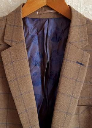 Бизнес пиджак в клетку claudio lugli original