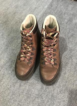 Треккинговые ботинки lackner