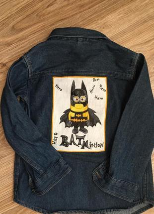 Джинсовая рубашка с принтом (ручная роспись)