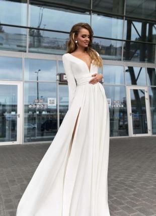 Шикарне біле плаття від українського дизайнера