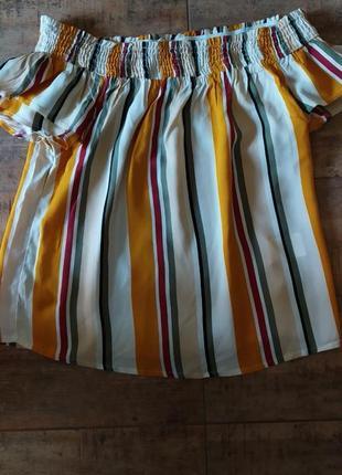Модный топ-блуза в полоску
