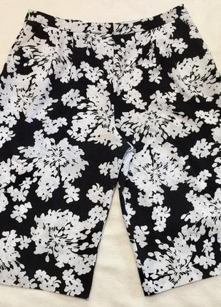 Шикарные удлинённые шорты ,бриджи m&co