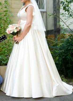 Свадебное платье на удачу)