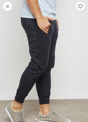 Теплые темно-синие спортивные штаны джоггеры на флисе brave soul london
