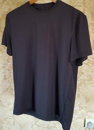 Стрейчевая красивая футболка tcm tcm tchibo