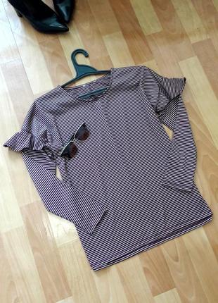 Стильна блуза  з воланчиками на рукавах warehouse