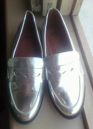 Шикарные лоферы, оксофрды, дерби, туфли серебро 37 размер фирмы h@m