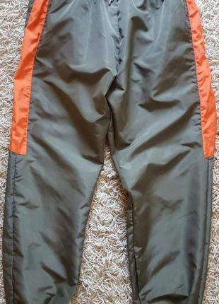Нейлоновые универсальные штаны prettylittlething