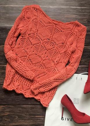 Вязаный яркий свитер узором крючком неоновый персиковый